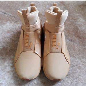 puma training shoes